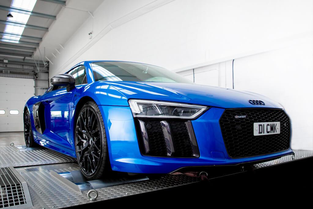 Front Audi R8